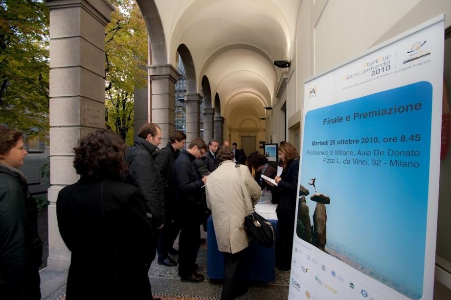 Premiazione-startcup-milano-lombardia-2010